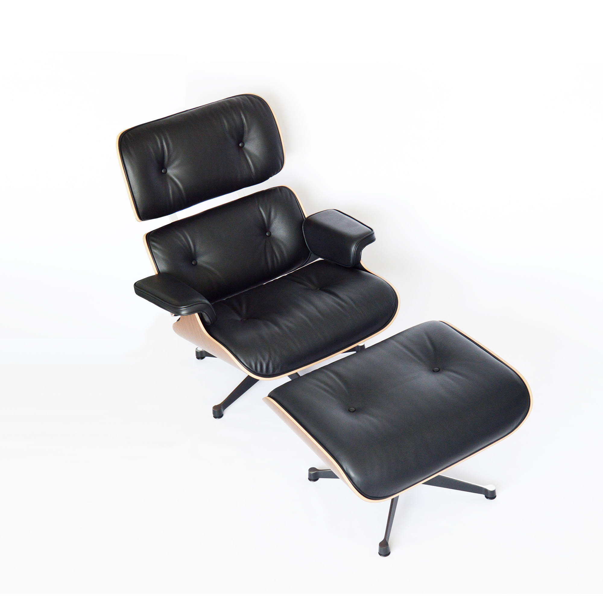 eames lounge chair in m nchen. Black Bedroom Furniture Sets. Home Design Ideas