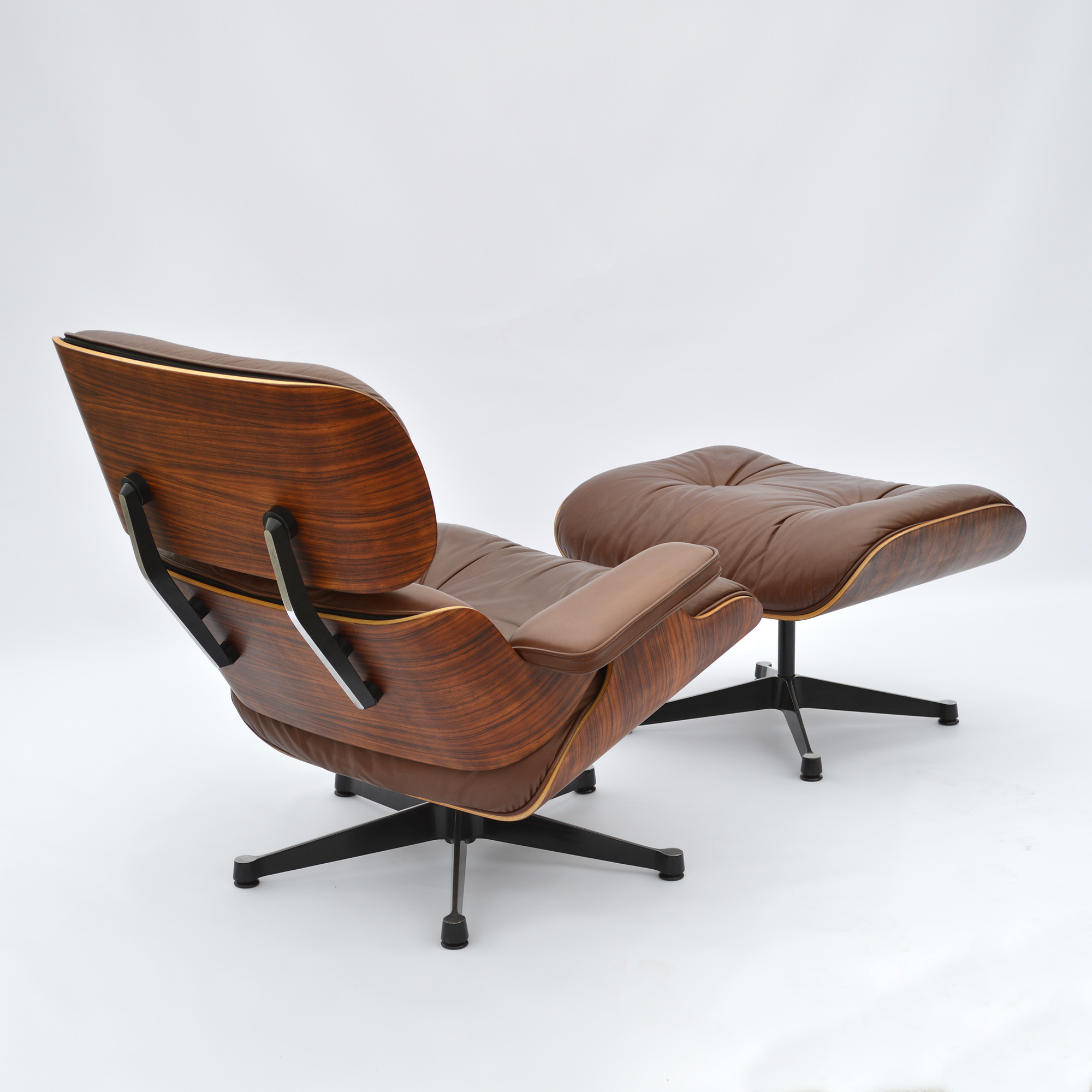 1977 rio rosewood original eames lounge chair ottoman