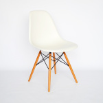 Vitra Eames Plastic Chair DSW 01