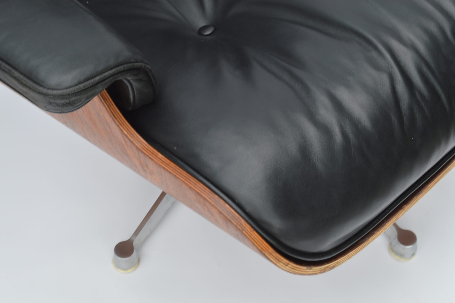 Lounge Stoel Kind : Eames lounge chair by icf for herman miller vitra