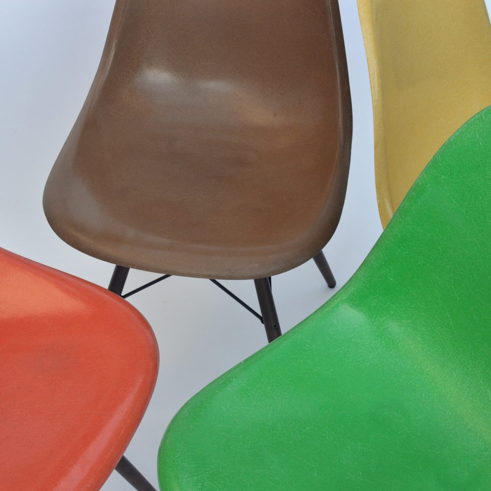 4er set eames side chairs dsw fiberglass for Eames chair kopie