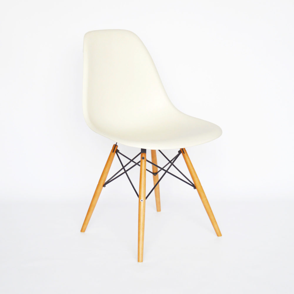 Vitra eames side chair dsw g nstig bei for Vitra eames kopie