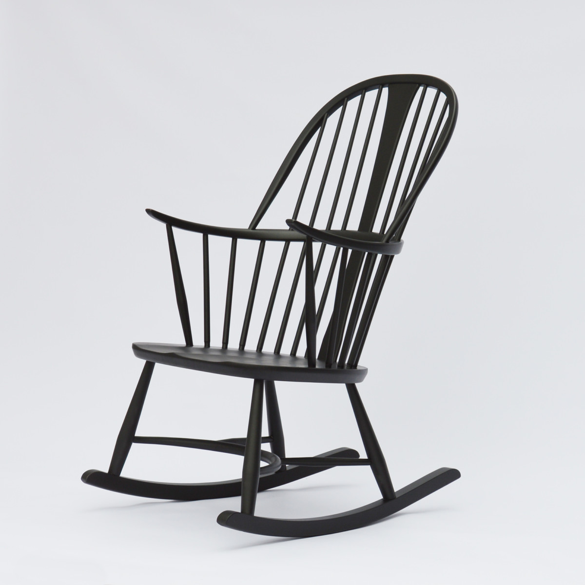 ercol schaukelstuhl chairmakers rocking chair. Black Bedroom Furniture Sets. Home Design Ideas