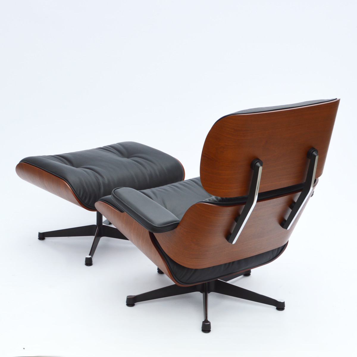 Superb Vitra Eames Lounge Chair Ottoman Mahagoni Creativecarmelina Interior Chair Design Creativecarmelinacom